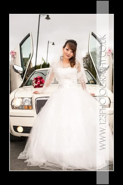 Vi and Ha's wedding photography at Oriental City Restaurant, Leeds