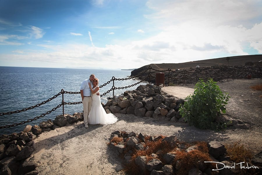 Lanzarote wedding photographer, lanzarote wedding photography, wedding lanzarote, gettting married Lanzarote