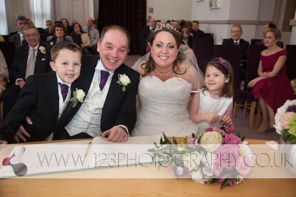 wedding photography at Leeds Town Hall. Wedding photographer Leeds Town Hall. Getting married Leeds Town Hall