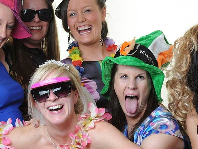 wedding photo booth Leeds, hire wedding photo booth, wedding booth Leeds, photo booth Leeds, wedding photo booth hire